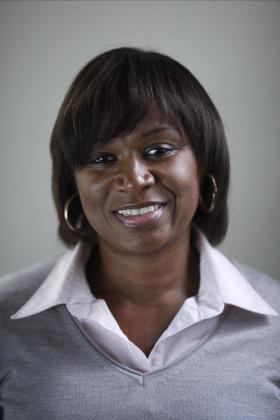 Sandra D Wallace